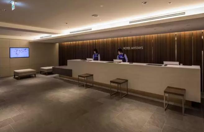 【日本】名古屋賞楓超值五日遊,在地中文司機帶您探訪絕美賞楓景點,每位只要台幣20000元起!