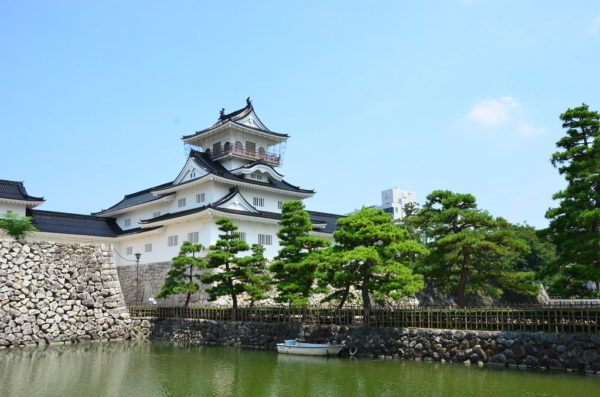 【日本】暢遊北陸再也不難,前進日本藝術文化地,入住加賀百年溫泉飯店!漫遊北陸散策行,每位只要台幣36500元起