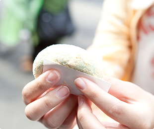 【日本】關西京都奈良美景滑雪五日遊~輕鬆體驗六甲山滑雪場,在地司機帶您悠遊京都及奈良名勝,每位只要台幣26000元起!